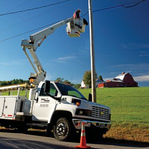 Bucket_Truck-Pole_Repair