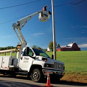 Bucket_Truck-Pole_Repair