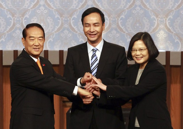 The three candidates contesting in the 2016 Presidential Elections are James Soong from the People First Party (PFP) (L), Eric Chu from the ruling Kuomintang (KMT) (Center), and Tsai Ing-wen from the Democratic Progressive Party (DPP) (R).