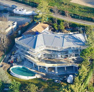 "In 2000, during the ""lean years,"" Drahi managed to acquire this modest piece of property for a bit over $7 million. It's one of his least valuable properties, and has since been put under his wife's name and undergoing extensive renovation."