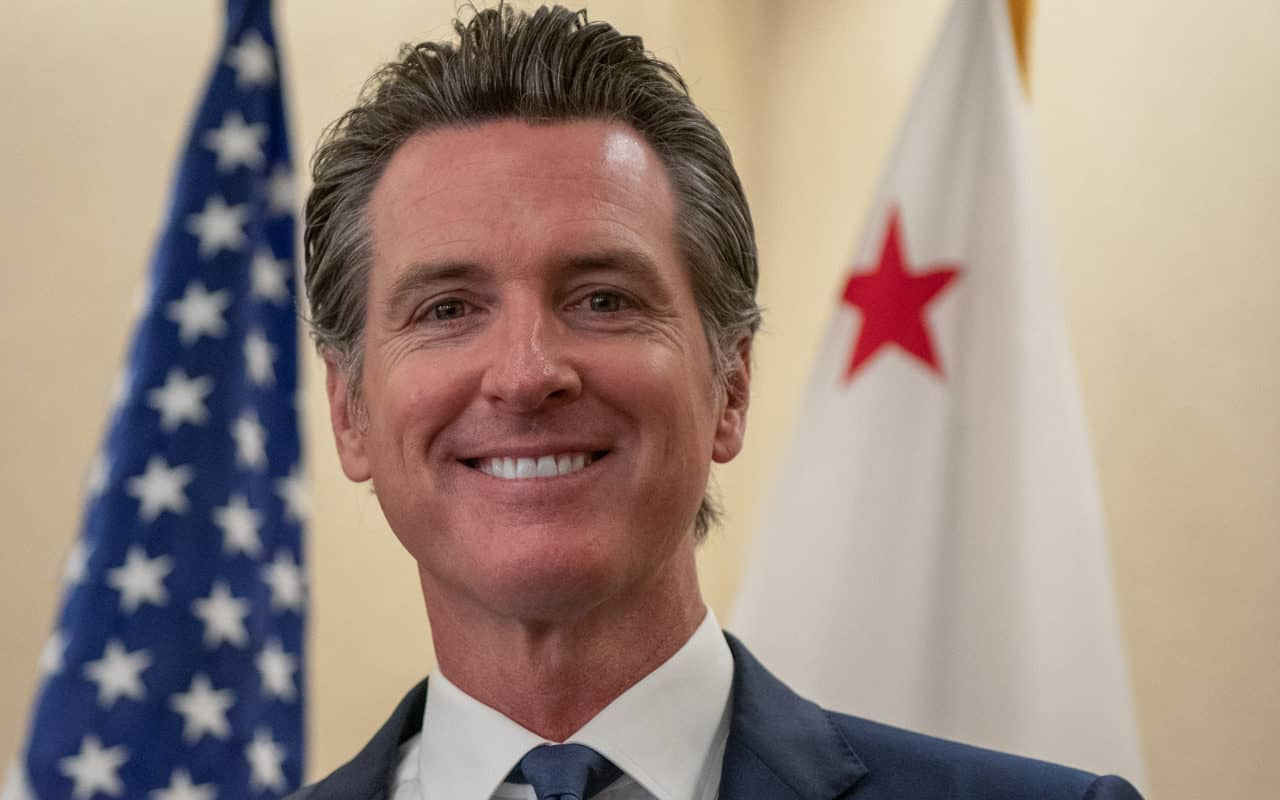 California Governor Vetoes Rural Broadband Development Bills; AT&T and Frontier Benefit the Most